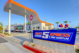 Fast5Xpress Car Wash, South Gate, CA